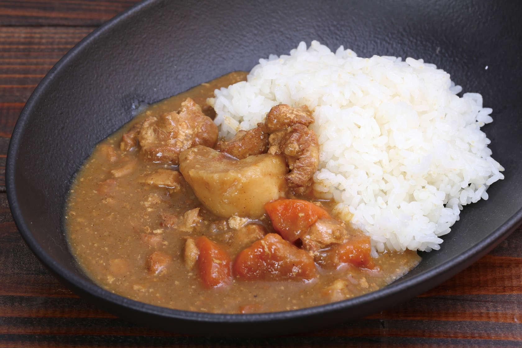 米ヶ岡鶏のごろっと野菜のカレー